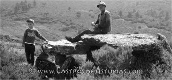 Pedra da Filadoira, dolmen en el concejo de Illano. Foto: Ángel Villa Valdés