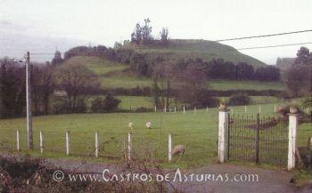 Castro de El Cueto. Foto: Sánchez & Menéndez 2009, 540.
