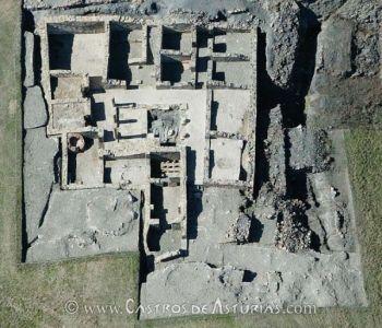 Vista cenital del área excavada de la domus del Chao Samartín (siglo I d.C.). Foto: Ángel Villa Valdés