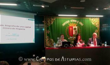 Carmen Fernández Ochoa durante su lección de despedida en la Universidad Autónoma de Madrid