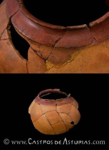 Vaso cerámico con inscripción. Castro de Chao Samartín, siglo I d.C. Foto: Juanjo Arrojo